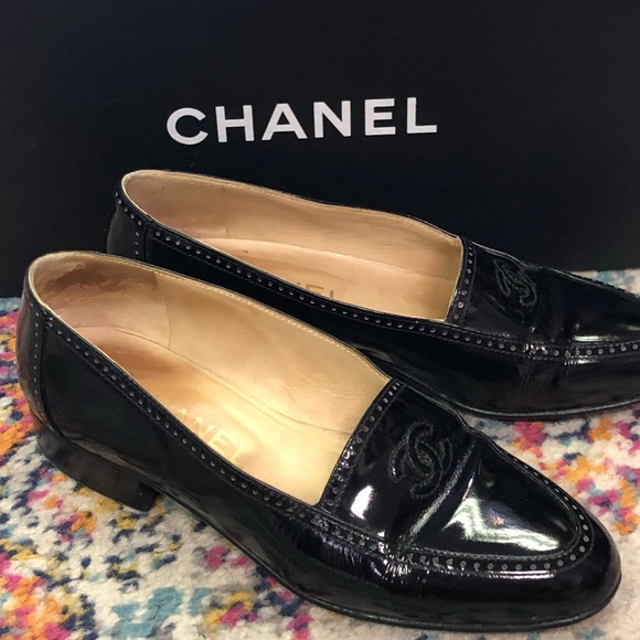Chanel patent vintage loafers 35.5